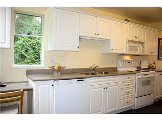 """Photo 5: 3480 LYNMOOR Place in Vancouver: Champlain Heights Townhouse for sale in """"MOORPARK"""" (Vancouver East)  : MLS®# V900458"""