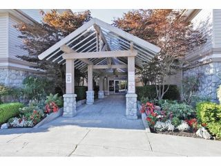 """Photo 2: 322 22150 48TH Avenue in Langley: Murrayville Condo for sale in """"Eaglecrest"""" : MLS®# F1407376"""