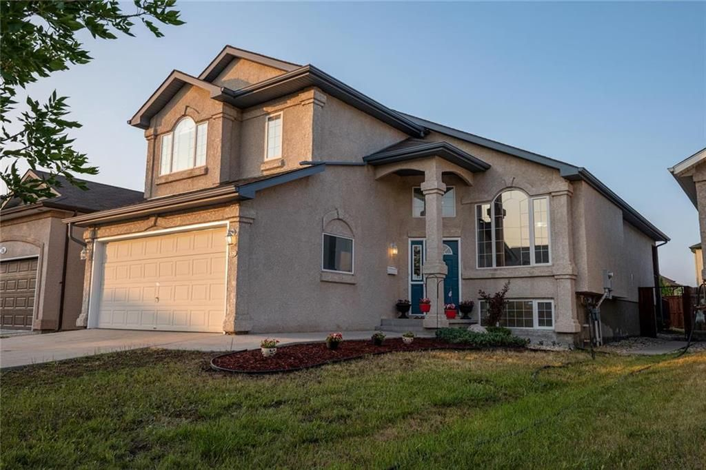 Beautiful Curb appeal, Grand Front Elevation