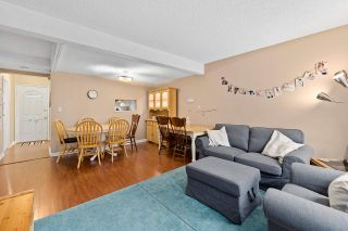 "Photo 7: 915 BRITTON Drive in Port Moody: North Shore Pt Moody Townhouse for sale in ""WOODSIDE VILLAGE"" : MLS®# R2554809"