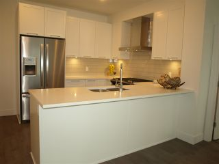 """Photo 3: 203 22087 49 Avenue in Langley: Murrayville Condo for sale in """"The Belmont in Murrayville"""" : MLS®# R2352425"""