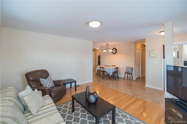 Photo 4: Photos: 16 ORIS Street in Elie: RM of Cartier Residential for sale (R10)  : MLS®# 1800701