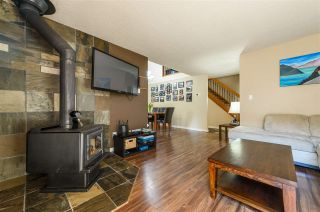 Photo 3: 15 39752 GOVERNMENT ROAD in Squamish: Northyards Townhouse for sale : MLS®# R2363911