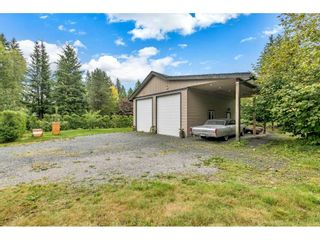 """Photo 17: 5275 252ND Street in Langley: Salmon River House for sale in """"Salmon River"""" : MLS®# R2409300"""