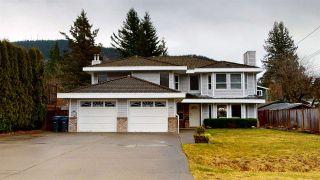 Photo 1: 41870 BIRKEN Road in Squamish: Brackendale 1/2 Duplex for sale : MLS®# R2547120