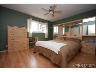 Photo 10: 382 Selica Rd in VICTORIA: La Atkins Half Duplex for sale (Langford)  : MLS®# 533924