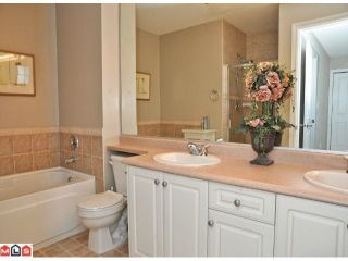 """Photo 8: 9 16760 61ST Avenue in Surrey: Cloverdale BC Townhouse for sale in """"Harvest Landing"""" (Cloverdale)  : MLS®# F1106034"""