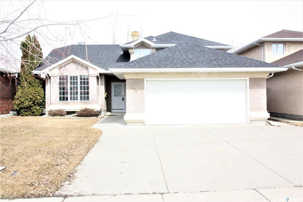 Main Photo: 258 Lavalee Court in Saskatoon: Lakeridge SA Residential for sale : MLS®# SK797982