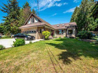 Photo 1: 5400 DERBY Road in Sechelt: Sechelt District House for sale (Sunshine Coast)  : MLS®# R2454409
