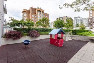 """Photo 18: 1302 1133 HOMER Street in Vancouver: Yaletown Condo for sale in """"H&H"""" (Vancouver West)  : MLS®# R2618125"""