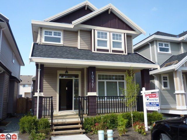 Main Photo: 19377 72ND Avenue in Surrey: Clayton House for sale (Cloverdale)  : MLS®# F1122390