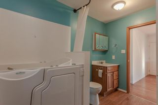 Photo 4: 122 Morris Street in Emerson: R17 Residential for sale : MLS®# 202120358