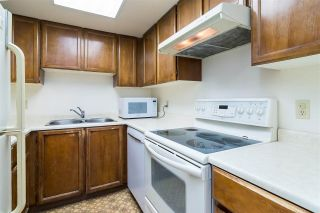 """Photo 10: 301 1341 GEORGE Street: White Rock Condo for sale in """"Oceanview"""" (South Surrey White Rock)  : MLS®# R2335538"""