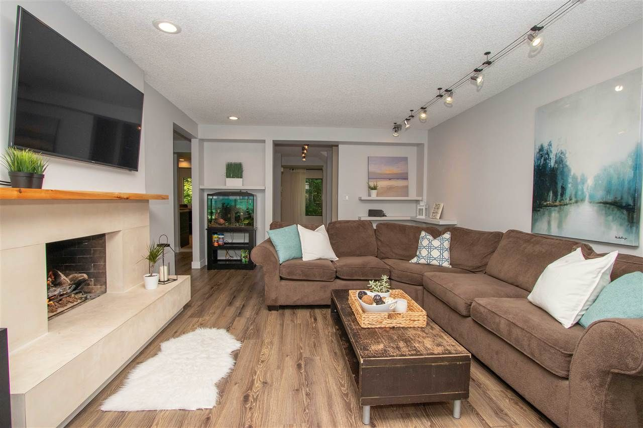 """Main Photo: 836 HENDECOURT Road in North Vancouver: Lynn Valley Townhouse for sale in """"Laura Lynn"""" : MLS®# R2401928"""