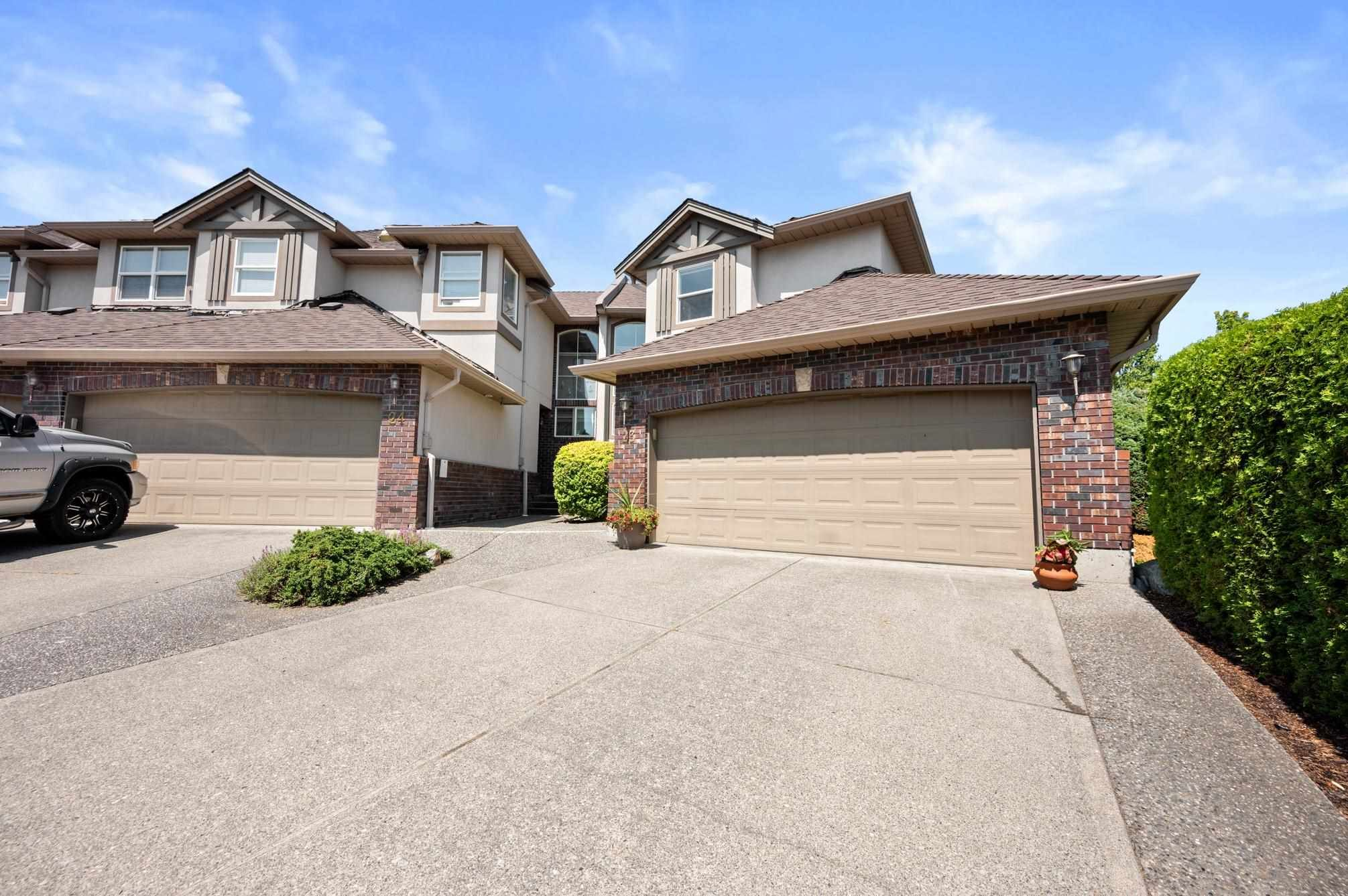 Main Photo: 23 2525 YALE Court: Townhouse for sale in Abbotsford: MLS®# R2602320