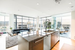 Photo 2: 4304 1111 ALBERNI STREET in Vancouver: West End VW Condo for sale (Vancouver West)  : MLS®# R2617226