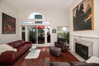 """Photo 4: 401 1924 COMOX Street in Vancouver: West End VW Condo for sale in """"WINDGATE by the PARK"""" (Vancouver West)  : MLS®# R2617561"""