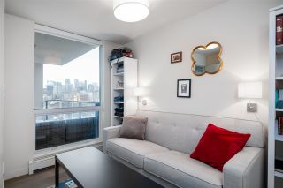 """Photo 9: 907 189 KEEFER Street in Vancouver: Downtown VE Condo for sale in """"Keefer Block"""" (Vancouver East)  : MLS®# R2439684"""
