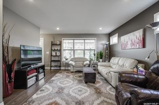 Photo 5: 402 Maningas Bend in Saskatoon: Evergreen Residential for sale : MLS®# SK860413