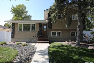 Main Photo: 147 Fuhrmann Crescent in Regina: Walsh Acres Residential for sale : MLS®# SK870502