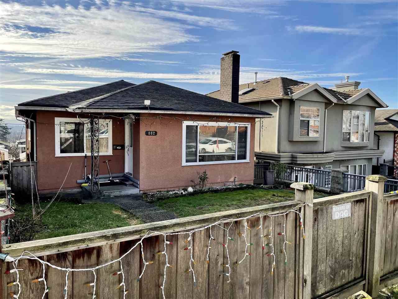 Main Photo: 882 E 63RD Avenue in Vancouver: South Vancouver House for sale (Vancouver East)  : MLS®# R2531713