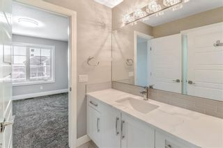Photo 28: 211 Kinniburgh Place: Chestermere Detached for sale : MLS®# A1078763