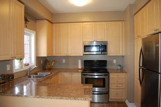Photo 6: 111 Georgian Drive in Oakville: Condo for sale : MLS®# 2070423