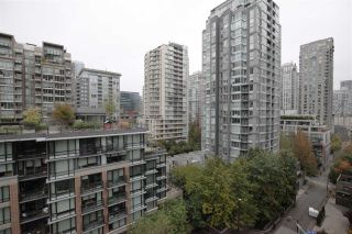"""Photo 16: 1106 1055 HOMER Street in Vancouver: Yaletown Condo for sale in """"DOMUS"""" (Vancouver West)  : MLS®# R2518319"""