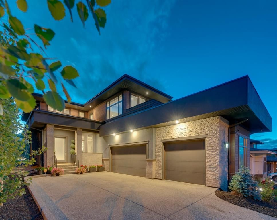 Main Photo: 561 Patterson Grove SW in Calgary: Patterson Detached for sale : MLS®# A1115115