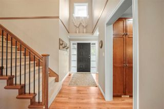 """Photo 3: 36136 WALTER Road in Abbotsford: Abbotsford East House for sale in """"Regal Park Estates"""" : MLS®# R2587826"""
