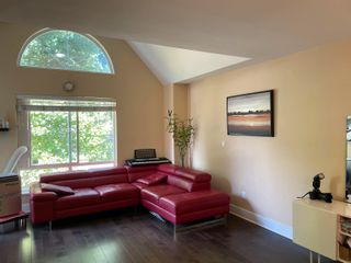 "Photo 6: 605 10082 132 Street in Surrey: Cedar Hills Townhouse for sale in ""Melrose Court"" (North Surrey)  : MLS®# R2614033"