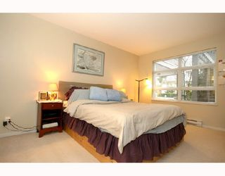 "Photo 5: 104 3142 ST JOHNS Street in Port_Moody: Port Moody Centre Condo for sale in ""SONRISA/THE LANDING"" (Port Moody)  : MLS®# V688784"