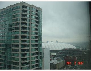 Photo 4: 2010 909 MAINLAND Street in Vancouver: Downtown VW Condo for sale (Vancouver West)  : MLS®# V644844