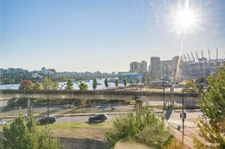 Photo 6: 406 125 MILROSS Avenue in Vancouver: Downtown VE Condo for sale (Vancouver East)  : MLS®# R2614105