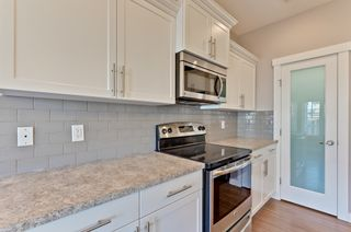 Photo 9: 4075 Allan Cres SW in Edmonton: Ambleside House Half Duplex for sale : MLS®# E4151549