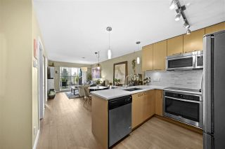 Photo 5: 403 688 E 18TH AVENUE in Vancouver: Fraser VE Condo for sale (Vancouver East)  : MLS®# R2498503