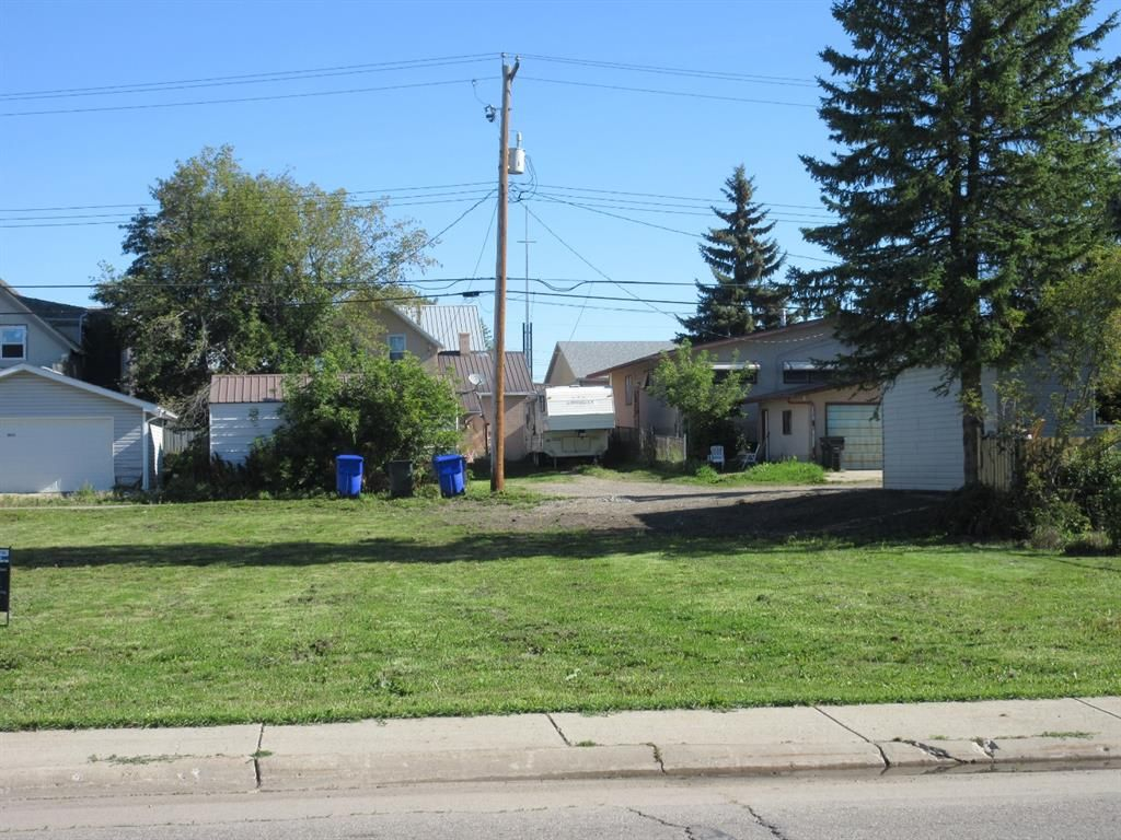 Main Photo: 4814 51 Street: Olds Residential Land for sale : MLS®# A1141342
