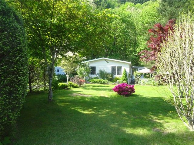 Photo 2: Photos: 58597 LOUGHEED Highway: Agassiz Manufactured Home for sale : MLS®# H1401102