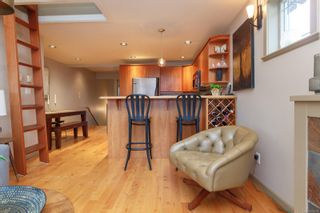 Photo 5: 4 220 Moss St in : Vi Fairfield West Condo for sale (Victoria)  : MLS®# 870279