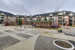 Photo 2: 447 15 Everstone Drive SW in Calgary: Evergreen Apartment for sale : MLS®# A1097089