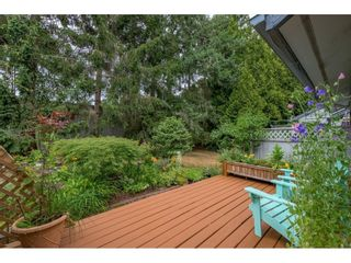 """Photo 35: 15843 ALDER Place in Surrey: King George Corridor Townhouse for sale in """"ALDERWOOD"""" (South Surrey White Rock)  : MLS®# R2607758"""