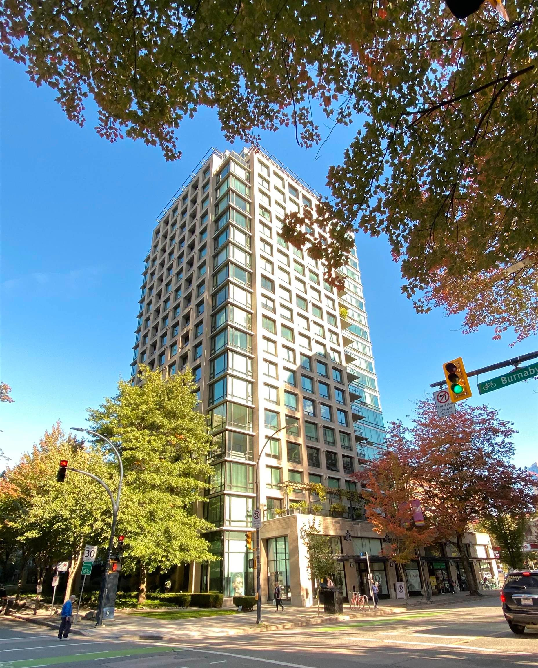 Main Photo: 605 1003 BURNABY Street in Vancouver: West End VW Condo for sale (Vancouver West)  : MLS®# R2618000