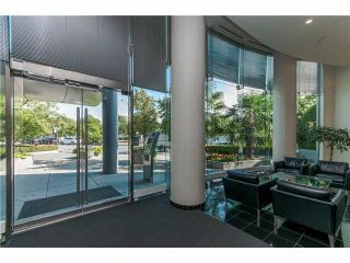 Photo 3: 2106 1033 MARINASIDE CRESCENT in Vancouver: Yaletown Condo for sale (Vancouver West)  : MLS®# V1140336