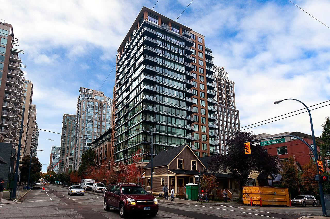 """Main Photo: 104 1088 RICHARDS Street in Vancouver: Yaletown Condo for sale in """"Richards Living"""" (Vancouver West)  : MLS®# R2602690"""