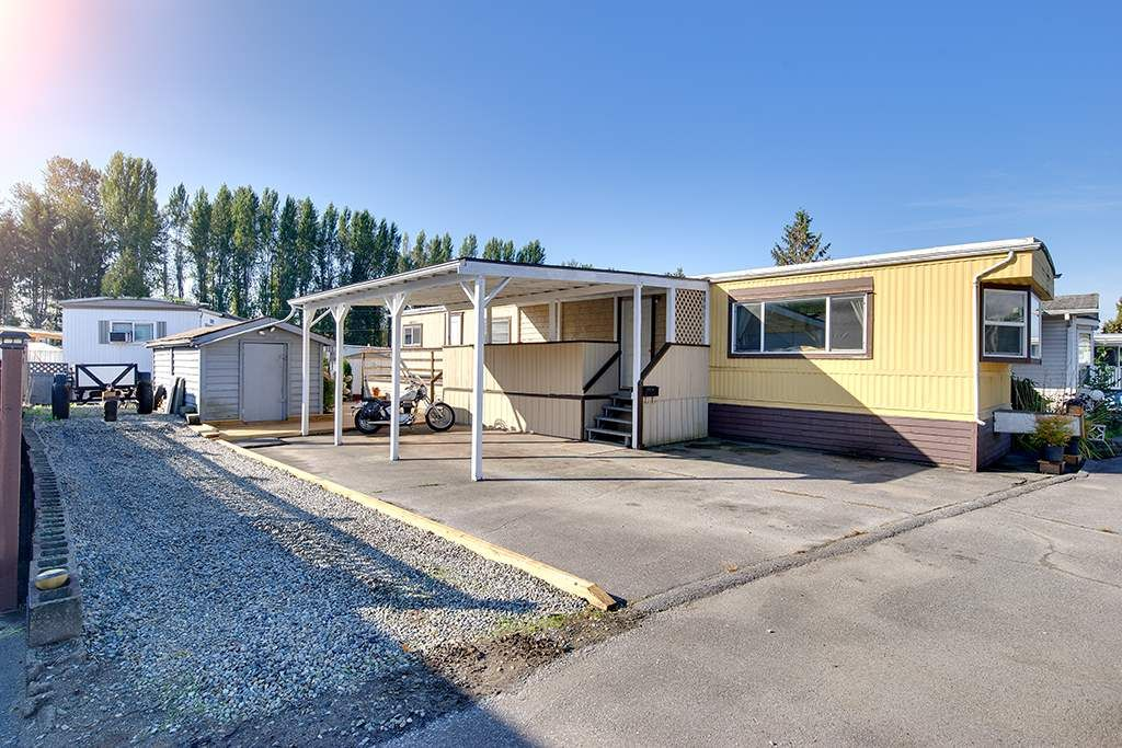 """Main Photo: 100 201 CAYER Street in Coquitlam: Maillardville Manufactured Home for sale in """"WILDWOOD PARK"""" : MLS®# R2309081"""