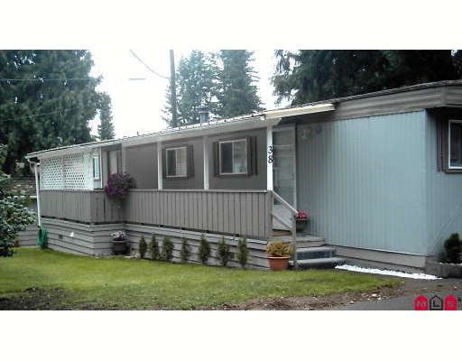 "Main Photo: 38 24330 FRASER Highway in Langley: Otter District Manufactured Home for sale in ""Langley Grove Estates"" : MLS®# F2825555"