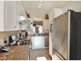 "Photo 4: 14 20788 87TH Avenue in Langley: Walnut Grove Townhouse for sale in ""Kensington Village"" : MLS®# F1323786"