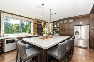 """Photo 4: 9950 STONEGATE Place in Chilliwack: Little Mountain House for sale in """"STONEGATE PLACE"""" : MLS®# R2604740"""