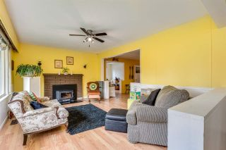 """Photo 4: 3872 ST. THOMAS Street in Port Coquitlam: Lincoln Park PQ House for sale in """"LINCOLN PARK"""" : MLS®# R2588413"""