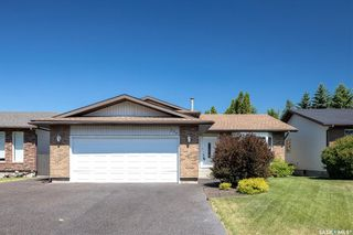 Photo 2: 226 Egnatoff Crescent in Saskatoon: Silverwood Heights Residential for sale : MLS®# SK861412